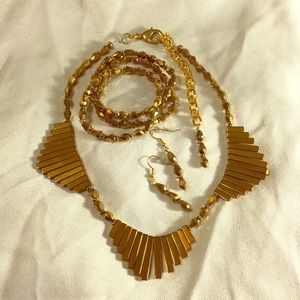 Jewelry - Custom Gold Jewelry Set